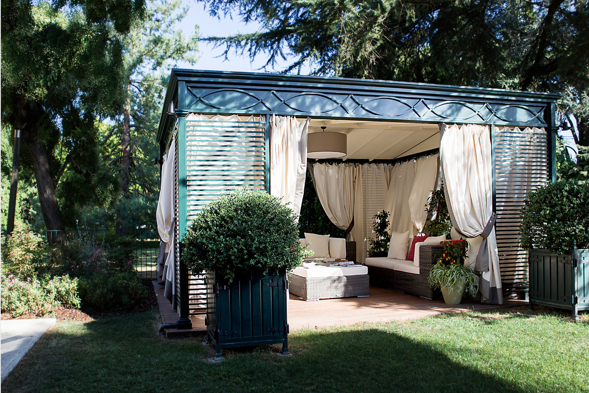 Gazebo Luxury